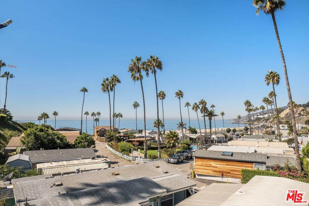 16321 Pacific Coast Hwy - Photo 1