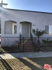 8421 Raymond Ave, Los Angeles, CA 90044 (MLS #21-794362) :: The John Jay Group - Bennion Deville Homes