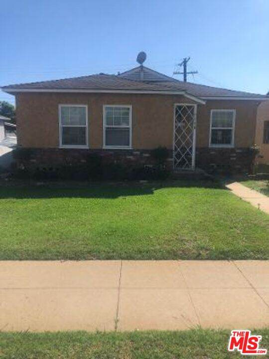 2120 W 94Th Pl, Los Angeles, CA 90047 (#21-797164) :: The Bobnes Group Real Estate