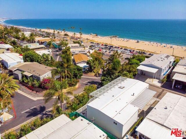 16321 Pacific Coast Hwy #153, Pacific Palisades, CA 90272 (#21-797700) :: Berkshire Hathaway HomeServices California Properties