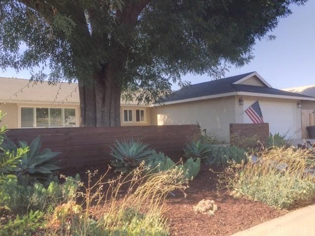 2217 Royal Avenue, Simi Valley, CA 93065 (#SR17144271) :: Eric Evarts Real Estate Group
