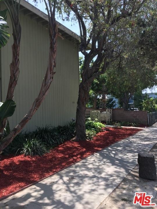 2908 Exposition, Santa Monica, CA 90404 (#17244886) :: TBG Homes - Keller Williams