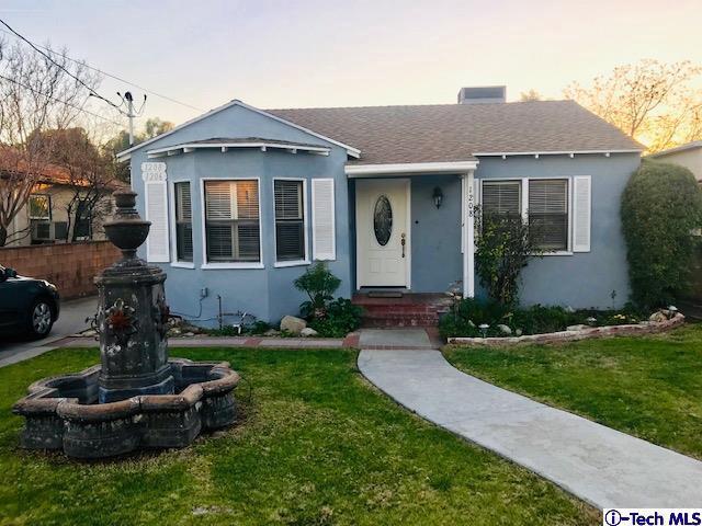 1206 Mountain View Street, San Fernando, CA 91340 (#319000592) :: Paris and Connor MacIvor