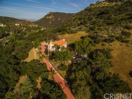 10 Ramuda Lane, Bell Canyon, CA 91307 (#SR19036478) :: Matthew Chavez