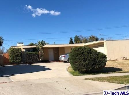 20371 Superior Street, Chatsworth, CA 91311 (#319000733) :: Paris and Connor MacIvor