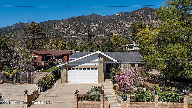 273 W Laurel Avenue, Sierra Madre, CA 91024 (#819001170) :: The Parsons Team