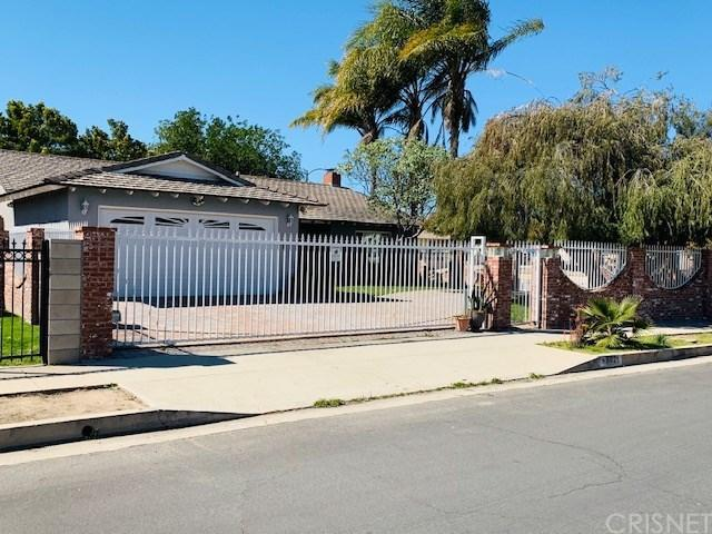 8621 Gloria Avenue, North Hills, CA 91343 (#SR19062905) :: Lydia Gable Realty Group