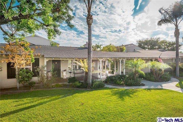 1220 E Glenoaks Boulevard E #7, Glendale, CA 91206 (#319001281) :: The Agency