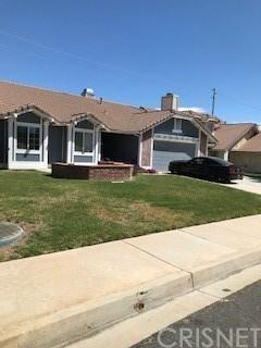 1401 Windsor Place, Palmdale, CA 93551 (#SR19092576) :: Paris and Connor MacIvor
