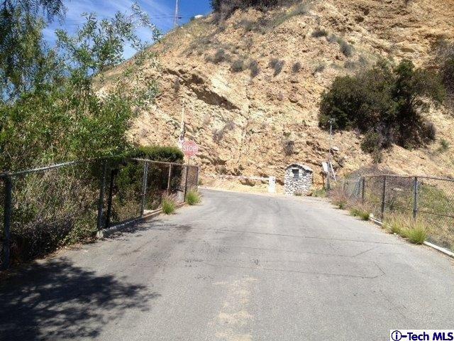 11513 Oro Vista Avenue, Sunland, CA 91040 (#319001998) :: The Agency