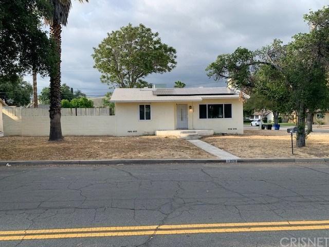 1208 27 Street, San Bernardino (City), CA 92405 (#SR19120031) :: Paris and Connor MacIvor