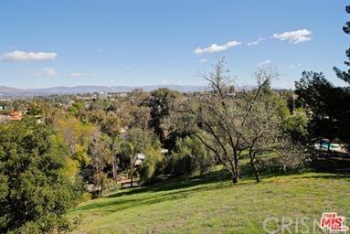 0 Campo, Woodland Hills, CA  (#SR19121548) :: Paris and Connor MacIvor