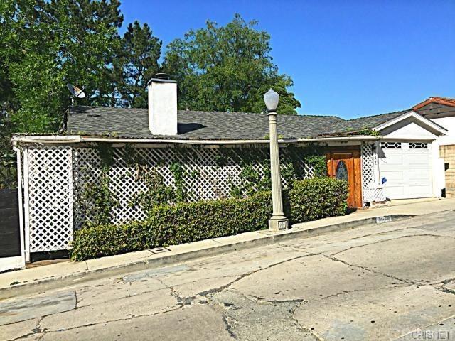 3424 Oak Glen Drive, Los Angeles (City), CA 90068 (#SR19141319) :: TruLine Realty
