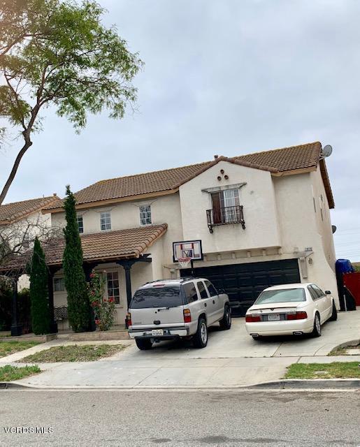 2020 Del Rey Place, Oxnard, CA 93030 (#219007373) :: The Agency
