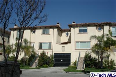 2307 Mira Vista Avenue #101, Montrose, CA 91020 (#319002385) :: Lydia Gable Realty Group