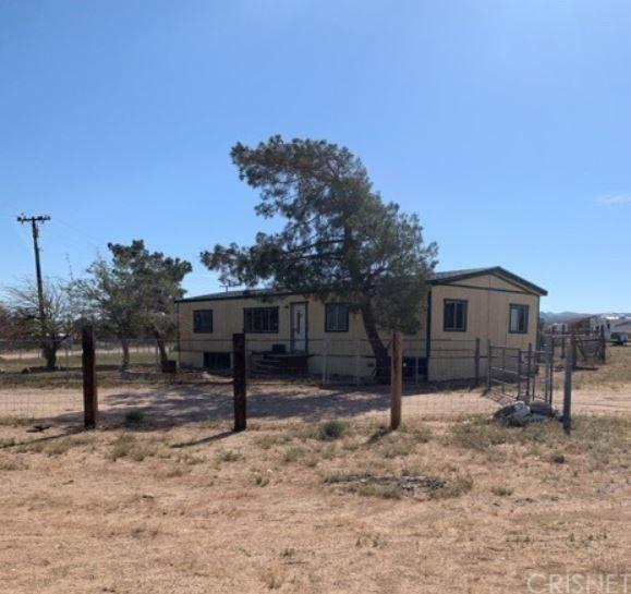 1821 Juba Ave, Ridgecrest, CA 93555 (#SR19142688) :: Fred Howard Real Estate Team
