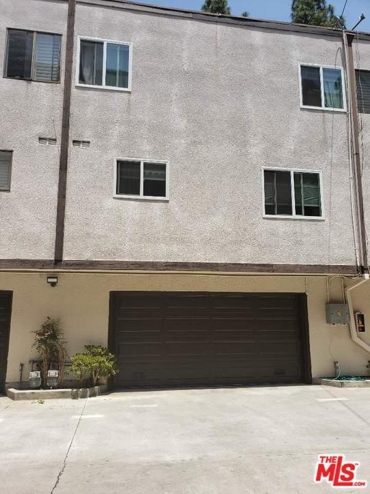 341 Harvey Drive #4, Glendale, CA 91206 (#19478668) :: Golden Palm Properties