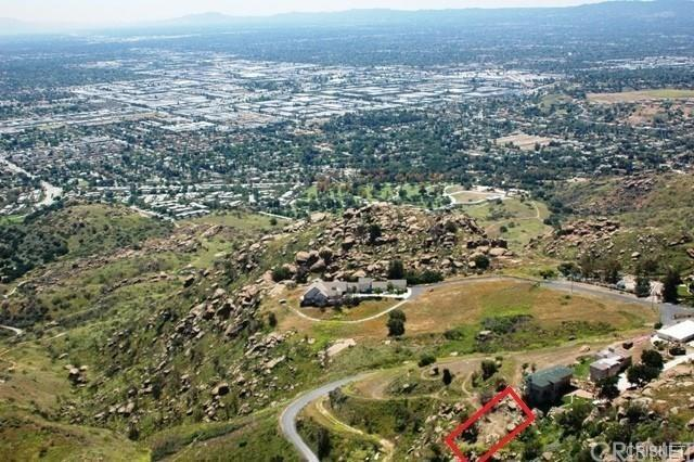 1141 Walsh Road, Simi Valley, CA 93063 (#SR19163290) :: The Agency