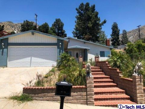 13822 Graber Avenue, Sylmar, CA 91342 (#319002742) :: The Agency
