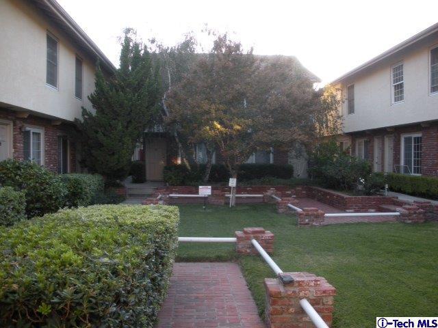 10065 De Soto Avenue #311, Chatsworth, CA 91311 (#319002789) :: The Agency