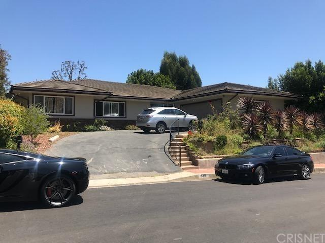 438 N Robinwood Drive, Brentwood (La), CA 90049 (#SR19170245) :: The Fineman Suarez Team
