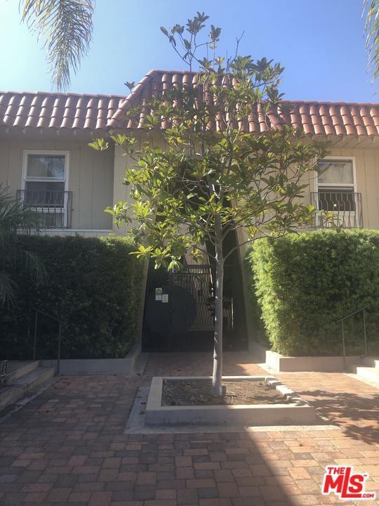8025 Redlands Street #22, Playa Del Rey, CA 90293 (#19498002) :: Paris and Connor MacIvor