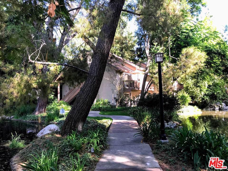 7101 Farralone Avenue - Photo 1