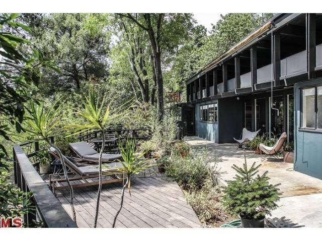 13380 Java Drive, Beverly Hills, CA 90210 (#13707017) :: TBG Homes - Keller Williams
