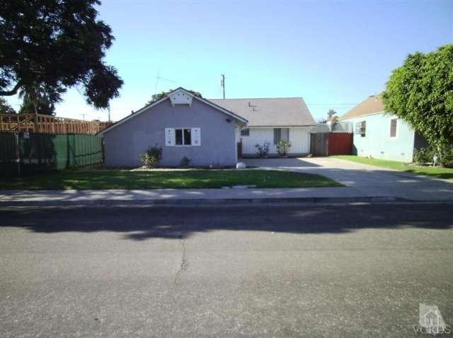 1335 Palm Drive, Oxnard, CA 93030 (#214027569) :: The Agency