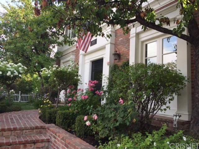 4010 Black Bird Way, Calabasas, CA 91302 (#SR17140675) :: TBG Homes - Keller Williams