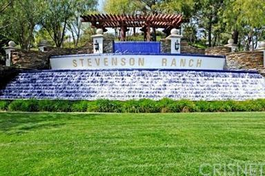 25524 Schubert Circle C, Stevenson Ranch, CA 91381 (#SR18014676) :: Paris and Connor MacIvor