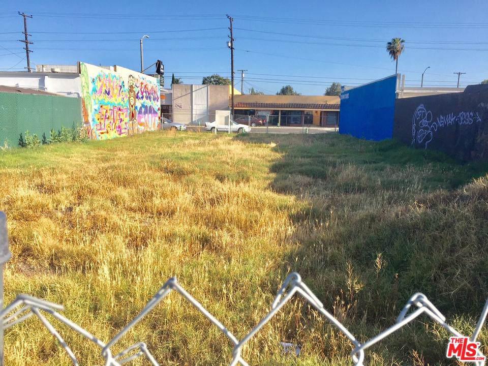 1115 Artesia Blvd - Photo 1