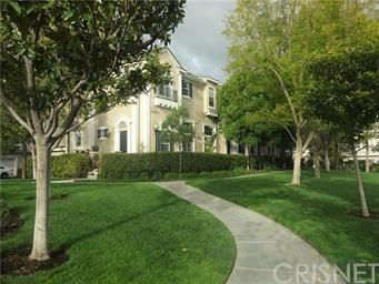 23420 Waterway Lane #11, Valencia, CA 91355 (#SR18207984) :: Paris and Connor MacIvor