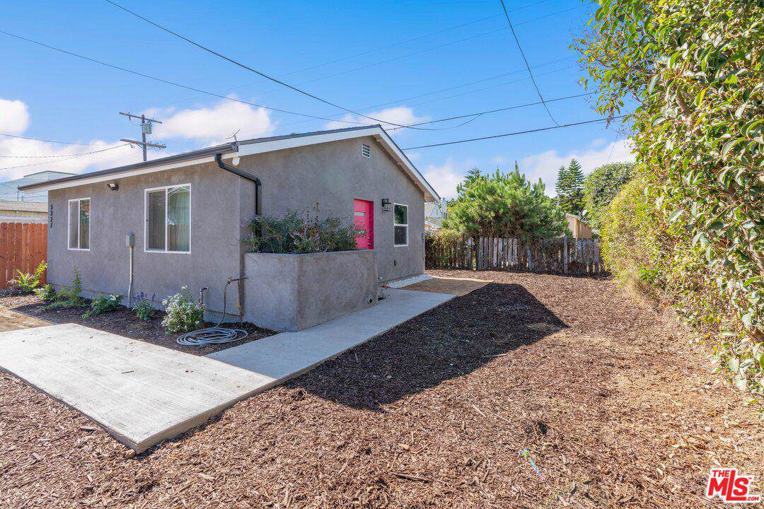 5325 9TH Ave - Photo 1