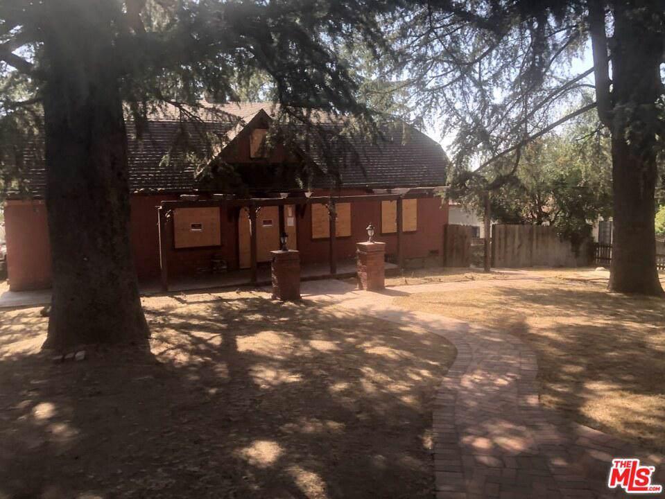 104 Loma Alta Drive - Photo 1