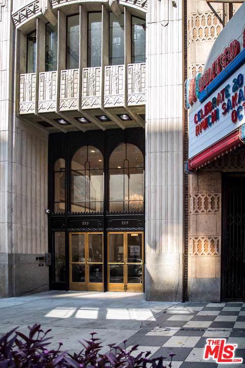 939 Broadway - Photo 1