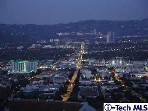 1705 Camino De Villas, Burbank, CA 91501 (#320000272) :: Randy Plaice and Associates