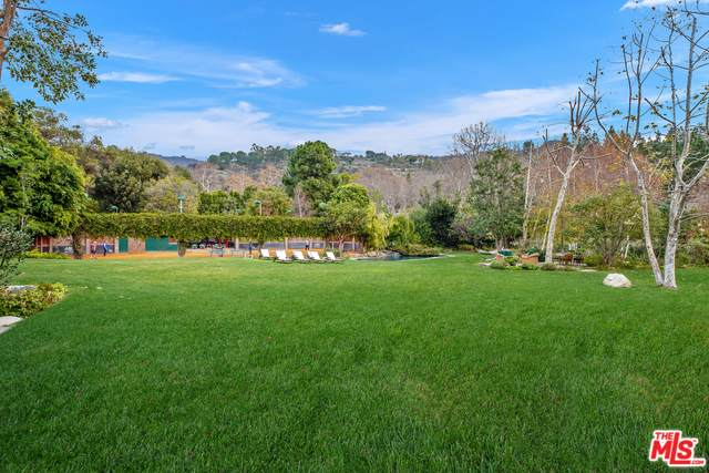 2383 Mandeville Canyon Rd, Los Angeles, CA 90049 (MLS #20-551012) :: The John Jay Group - Bennion Deville Homes