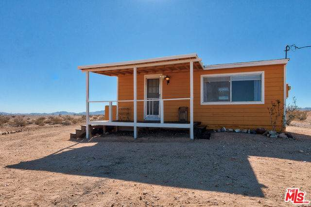 3915 Nevada Trl, TWENTY-NINE PALMS, CA 92277 (#20-551778) :: Randy Plaice and Associates