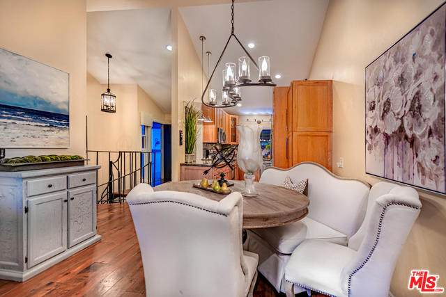 2399 Jefferson St #7, Carlsbad, CA 92008 (#20-561090) :: Lydia Gable Realty Group