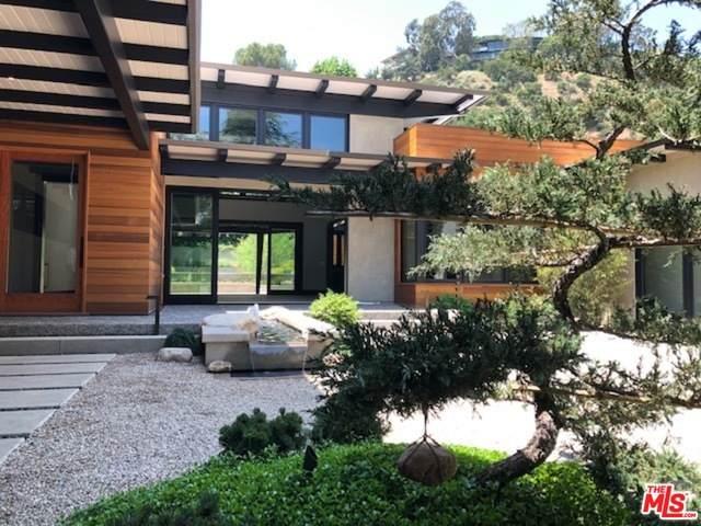 361 Linda Vista Ave, Pasadena, CA 91105 (#20-585018) :: HomeBased Realty