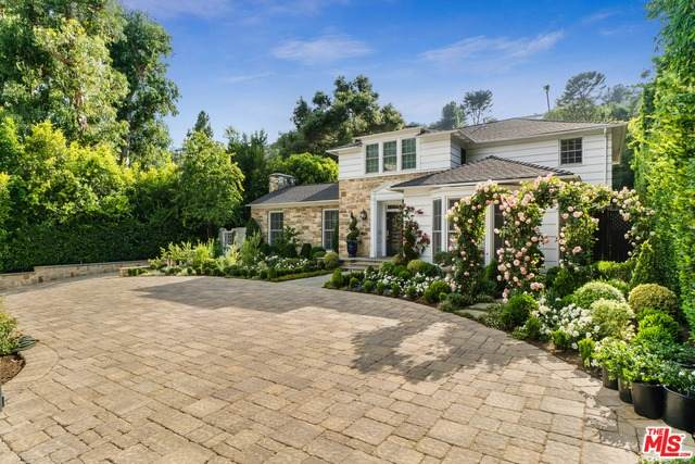 1721 Coldwater Canyon Dr, Beverly Hills, CA 90210 (#20-596192) :: Randy Plaice and Associates
