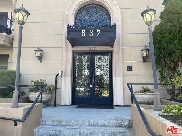 837 Crenshaw Blvd #204, Los Angeles, CA 90005 (#20-598570) :: Randy Plaice and Associates
