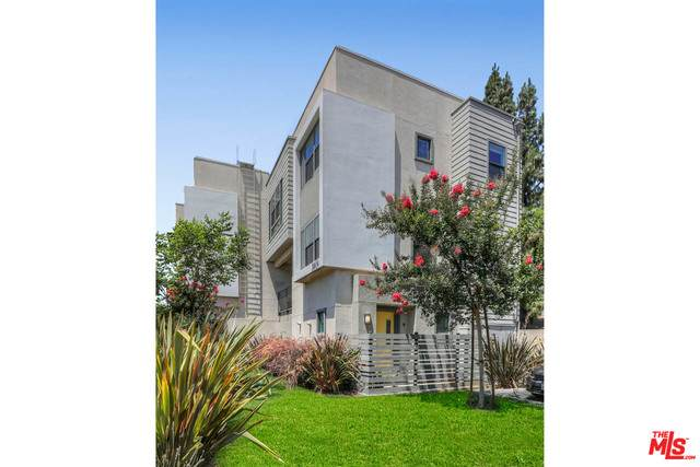 3801 Eagle Rock Blvd #9, Los Angeles, CA 90065 (#20-599050) :: Randy Plaice and Associates