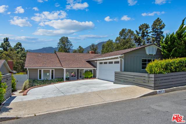 257 Monte Grigio Dr, Pacific Palisades, CA 90272 (#20-599838) :: Lydia Gable Realty Group