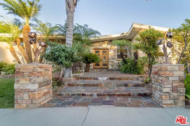 5566 El Canon Ave, Woodland Hills, CA 91367 (#20-611196) :: Randy Plaice and Associates