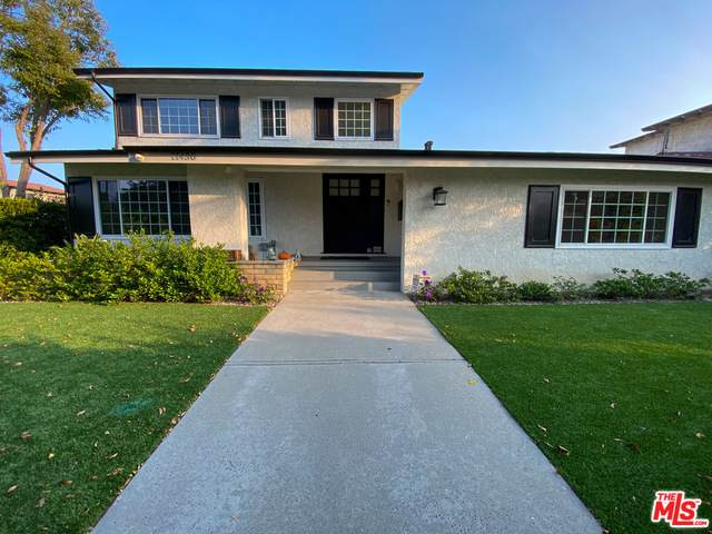 11430 Palms Blvd, Los Angeles, CA 90066 (#20-615106) :: Compass