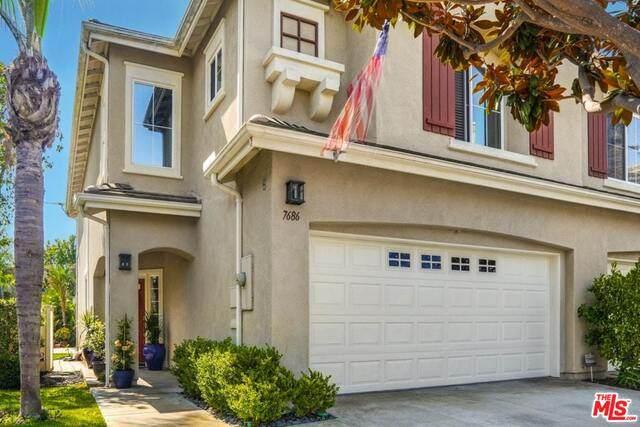 7686 Park Bay Dr, Huntington Beach, CA 92648 (#20-618692) :: The Parsons Team
