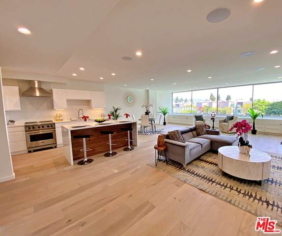 2220 Avenue Of The Stars - Photo 1