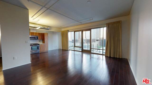 1100 Hope St - Photo 1